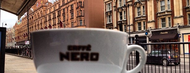 Caffè Nero is one of London.
