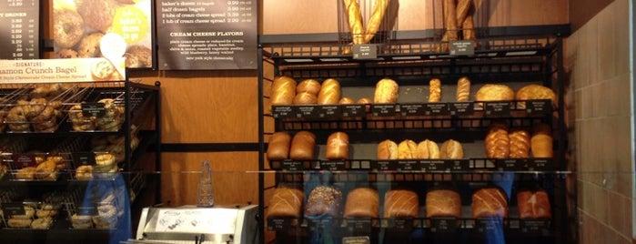 Panera Bread is one of Orte, die Stephanie gefallen.