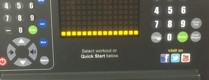 Planet Fitness is one of Posti che sono piaciuti a Dawn.