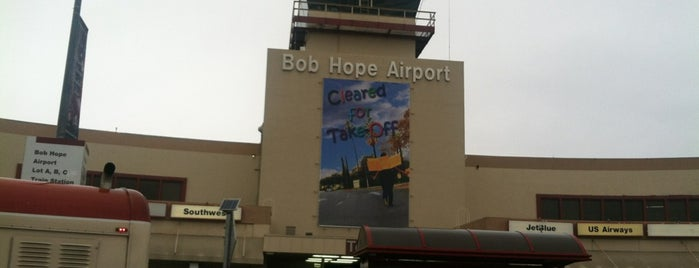 Hollywood Burbank Airport (BUR) is one of I  2 TRAVEL!! The PACIFIC COAST✈.