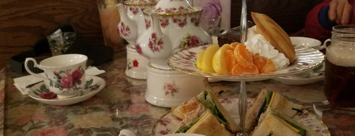 England Rose Garden is one of Tea.