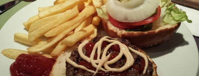Burgus Burger Bar - BBB (Renanim Mall) is one of Yves's Liked Places.