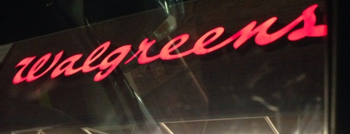 Walgreens is one of Locais curtidos por Hiroshi ♛.