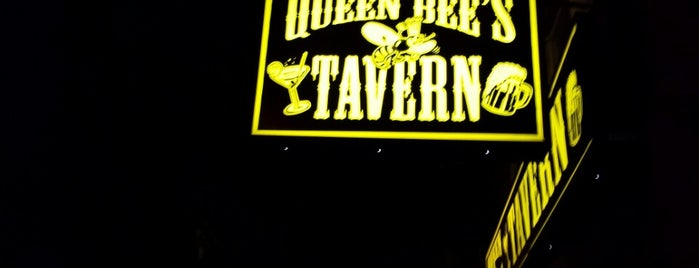 Queen Bees Tavern is one of Foodie 2.
