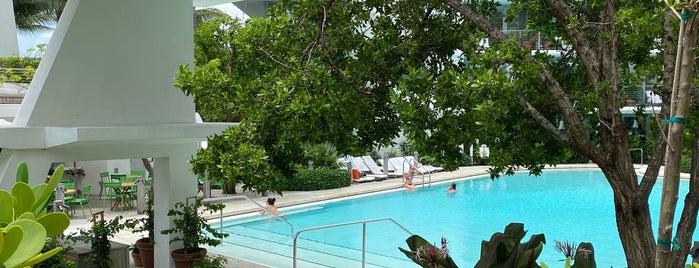 The EDITION Pool is one of Tempat yang Disukai Danyel.