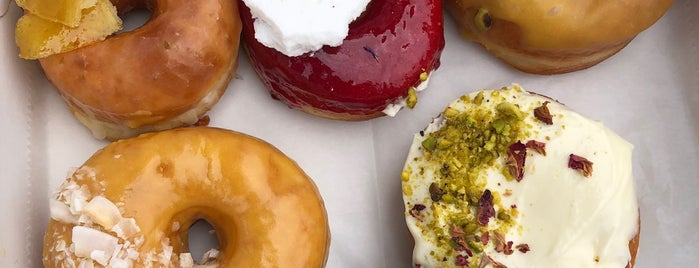 Fan Fan Doughnuts is one of Brooklyn To Do List.