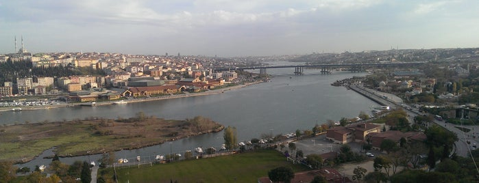 Pierre Loti Tepesi is one of Istanbul Must See.