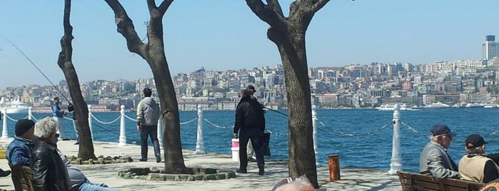 Üsküdar is one of Istanbul Must See.