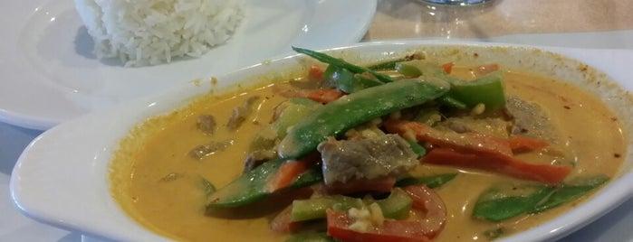 Pilin Thai Restaurant is one of Orte, die Brett gefallen.