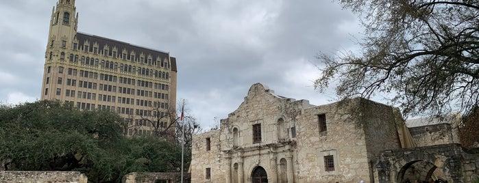 San Antonio is one of Orte, die Samah gefallen.