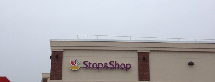 Super Stop & Shop is one of Domino's pizza 522 beach 20.