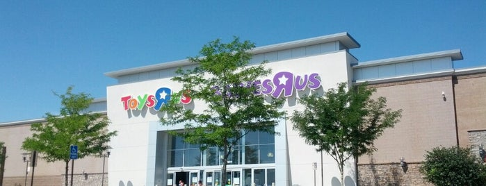 "Toys""R""Us is one of Tempat yang Disukai Anthony & Katie."