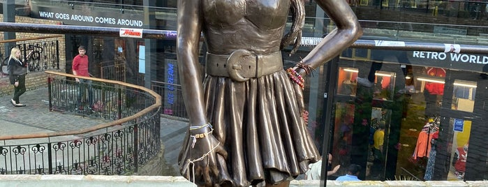 Amy Winehouse Statue is one of London 2019.