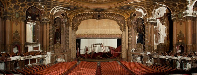 Kings Theatre is one of Abandoned NYC.