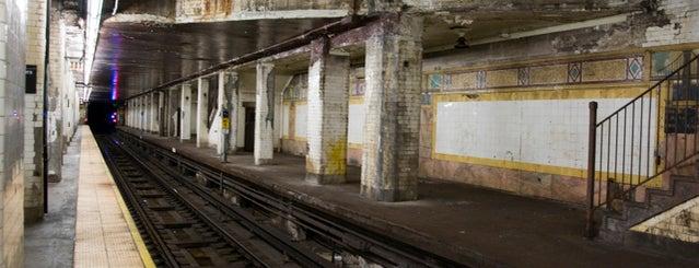 MTA Subway - Brooklyn Bridge/City Hall/Chambers St (4/5/6/J/Z) is one of Abandoned NYC.