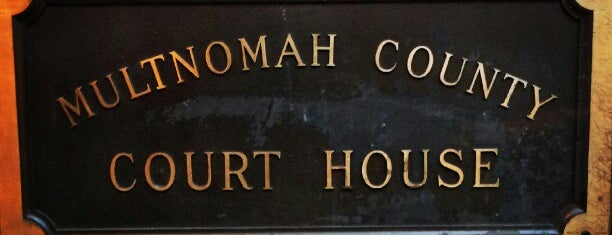 Multnomah County Courthouse is one of Scottさんの保存済みスポット.
