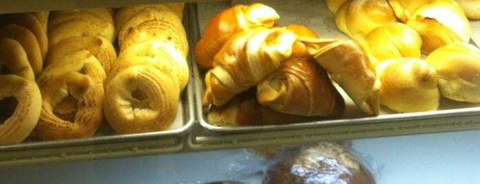 Colombia Bakery is one of Gespeicherte Orte von K.