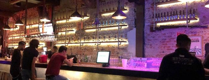 Escutia Bar is one of สถานที่ที่บันทึกไว้ของ Fabiola.