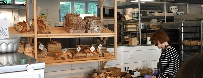 Ett bageri is one of Orte, die Oleksii gefallen.