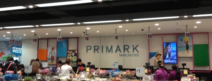 Primark is one of สถานที่ที่ Mahmut Enes ถูกใจ.