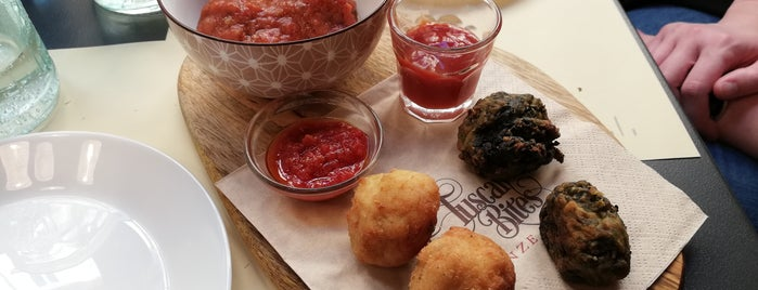 TuscanBites Restaurant is one of สถานที่ที่ Duygu ถูกใจ.