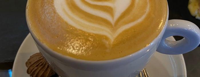 Café Registrado is one of Jimmy'in Beğendiği Mekanlar.