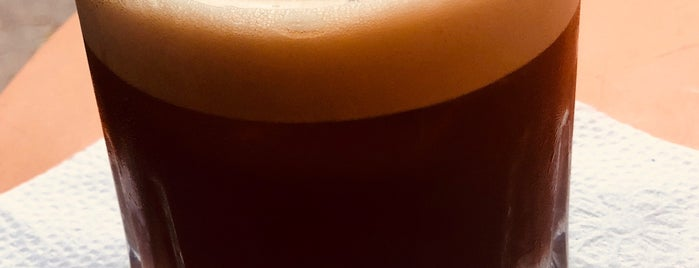 Kaffeina is one of Lugares favoritos de Georgina.
