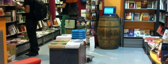 A punto escuela de cocina y librería gastronómica is one of Shopping.