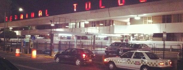 Terminal de Autobuses Toluca is one of Lugares historicos en mi vida.