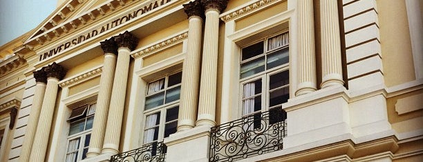 Edificio Central de Rectoría is one of Cosas que amo de Toluca y sus alrededores.