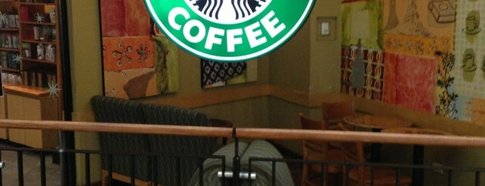 Starbucks is one of Locais curtidos por Sergio M. 🇲🇽🇧🇷🇱🇷.