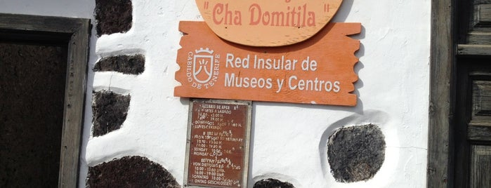 Centro Alfarero Cha Domitila is one of Museos de Tenerife.