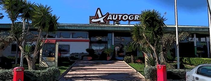 Autogrill is one of Tempat yang Disukai Fuat.