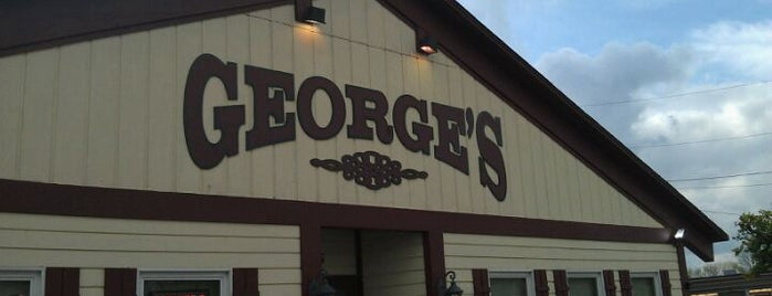 George's Family Restaurant is one of Steve : понравившиеся места.