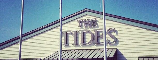 The Tides Wharf Restaurant & Bar is one of Locais curtidos por Lori.
