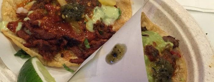 Los Tacos No.1 is one of สถานที่ที่ Monse ถูกใจ.