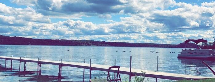 Saratoga Lake is one of Karenさんのお気に入りスポット.