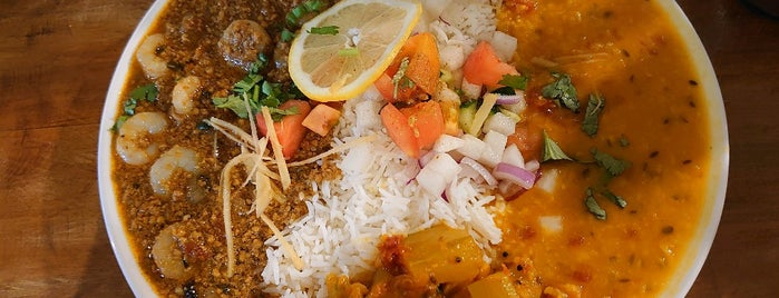 GANESH N is one of LOCO CURRY.