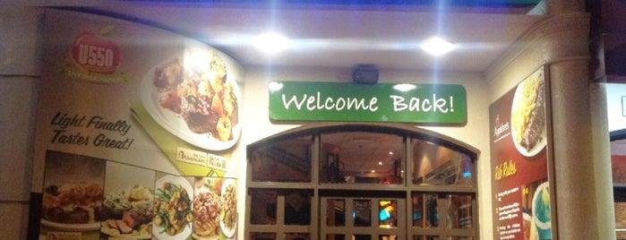 Applebee's Neighborhood Grill & Bar is one of Dubai Food 6.