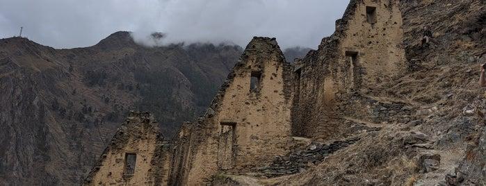 Pinkuylluna is one of Cusco y Matchu Pitchu.