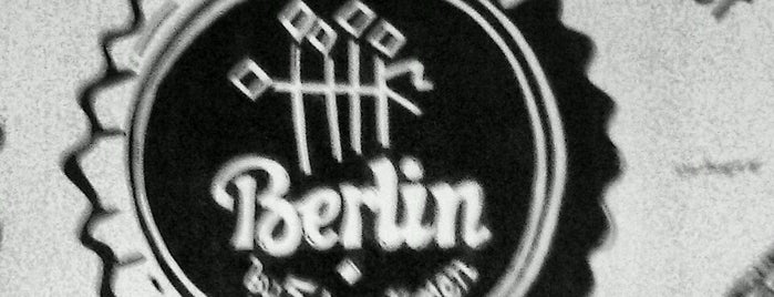 Berlin by 5 Drunk Men is one of Gespeicherte Orte von Foxxy.