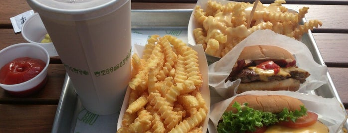 Shake Shack Covent Garden is one of OMB - Oh My Burger !.