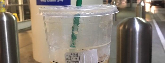 Starbucks is one of Lugares favoritos de Ross.