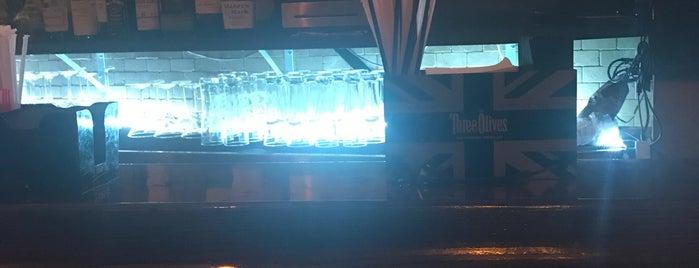 Sol Bar & Grill is one of Locais curtidos por Josue.