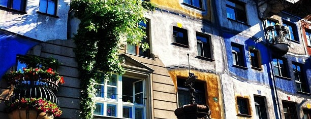 Hundertwasserhaus is one of Wien.
