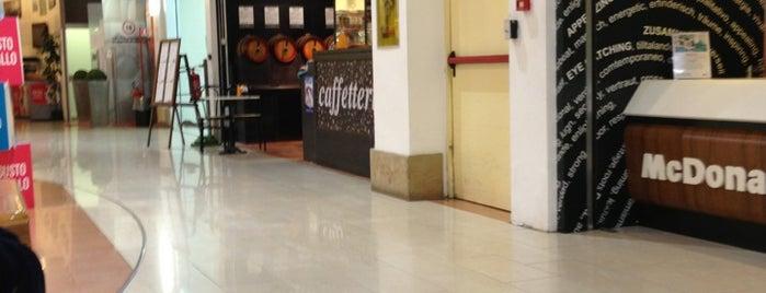 Auchan is one of Posti che sono piaciuti a Willi.