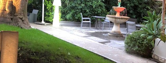 Hôtel Brice Garden is one of Hotspots Wifi Orange - Vacances.