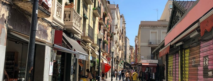 Barrio De La Gràcia is one of Barcelona.