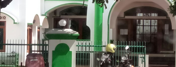 Masjid Baiturrahman is one of Via's.