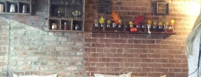 Creffle Cafe is one of Cafés for Sunday fundays.
